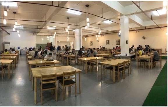 Phòng ăn tại smeag campus capital