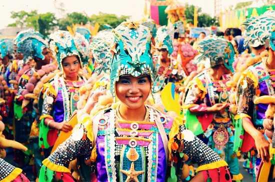 nguoi-dan-philippines-than-thien