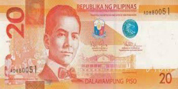 đổi tiền là một lưu ý khi du lịch Philippines