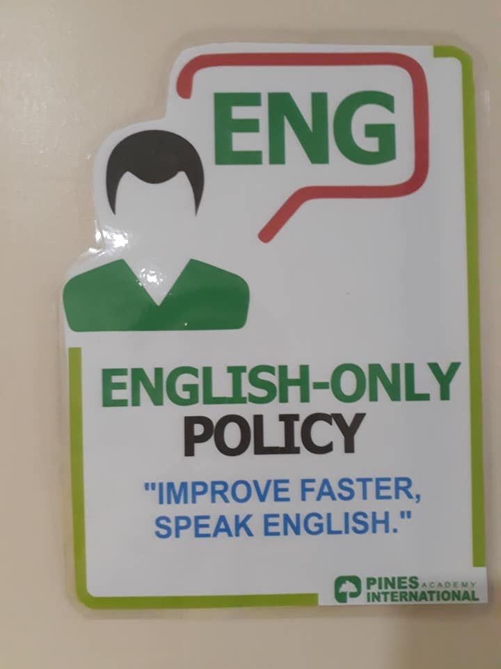 chinh-sach-english-only-policy-truong-pines-baguio
