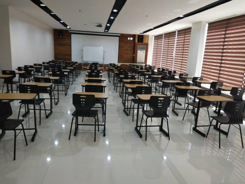 phong-hoc-truong-ev-academy